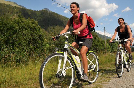 Tour in mountain bike