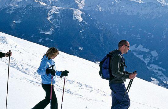 Escursioni con le racchette da neve in famiglia