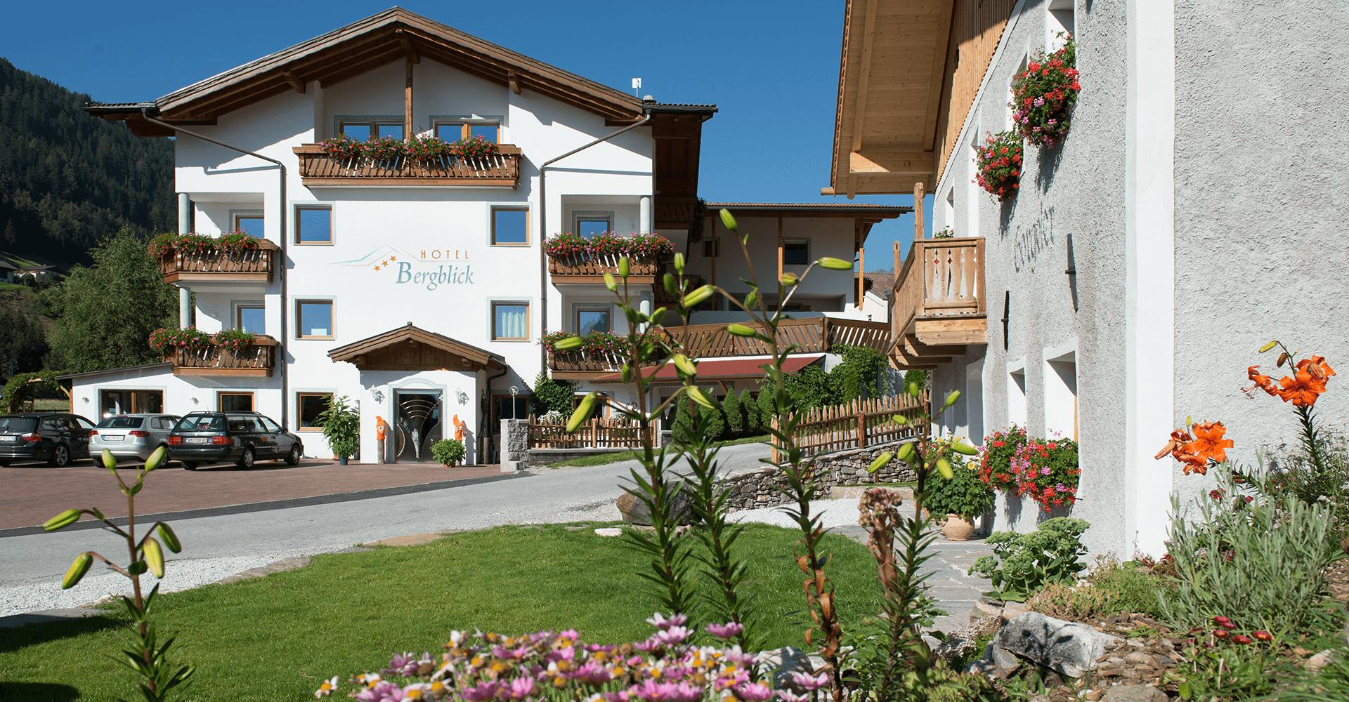 Außenansicht Hotel Bergblick